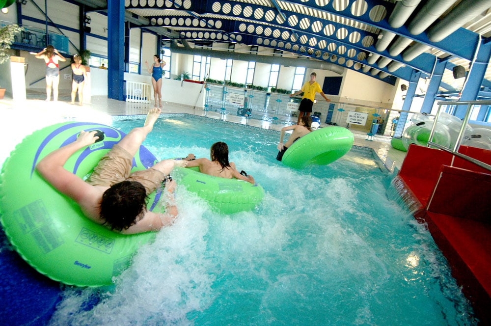 Newquay swimming pool caravan site cornwall hendra - Holiday homes with indoor swimming pool ...