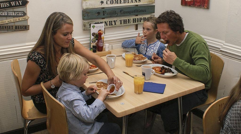 Food and drink at Hendra Holiday Park, Newquay Cornwall